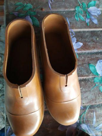 Взуття для електриків