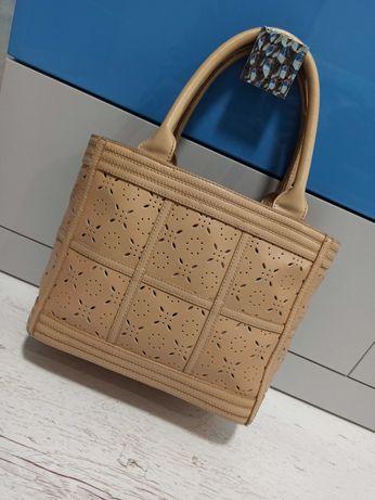 Кожаная сумка  бежево-кремовая