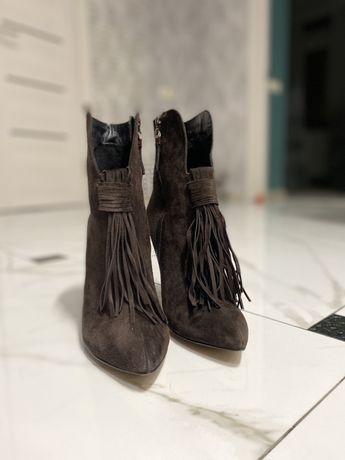 Ботильоны - Натуральная итальянская замша фирмы Point-G Shoes