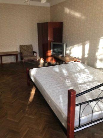 Квартира двухкомнатная в соломенском р не