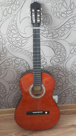 Gitara akustyczna  wraz z pokrowcem