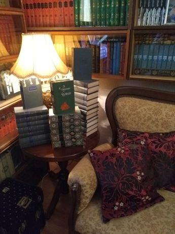 Домашняя библиотека, антикварные издания.