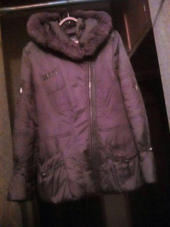 Продаю Куртка - пуховичок, р. 42-46 б/у, 750 руб.