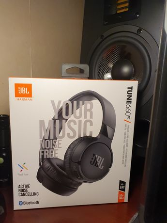 JBL Tune 660ANC BLUETOOTH NOVOS (superior a Sony 1000X M3)