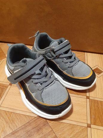 Дитячі кросівки кросовки
