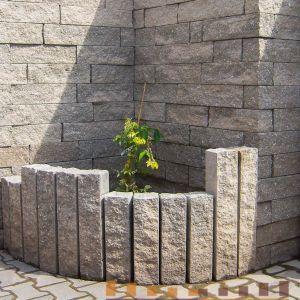 Palisada łupana, obrzeże, bloczki betonowe