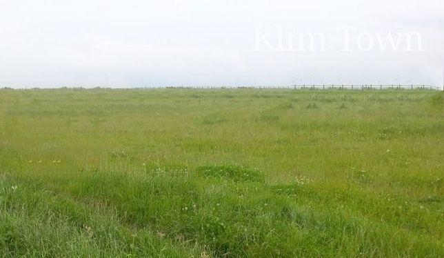 Продається фасадна земельна ділянка в с. Чирське