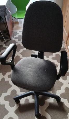 Krzesło biurowe, stan dobry
