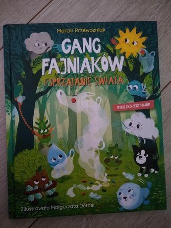 Gang fajniakow i sprzątanie świata