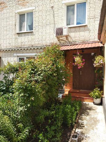 Продаю уютный 2-х этажный дом в центре города