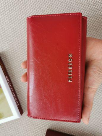 Portfel skórzany czerwony damski Peterson