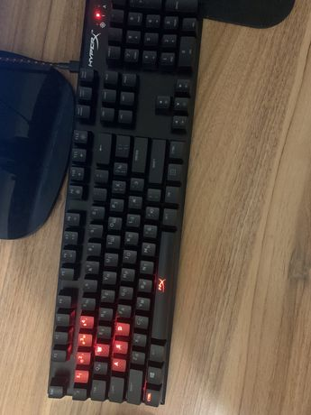Клавиатура HyperX Alloy FPS Cherry MX Red RGD