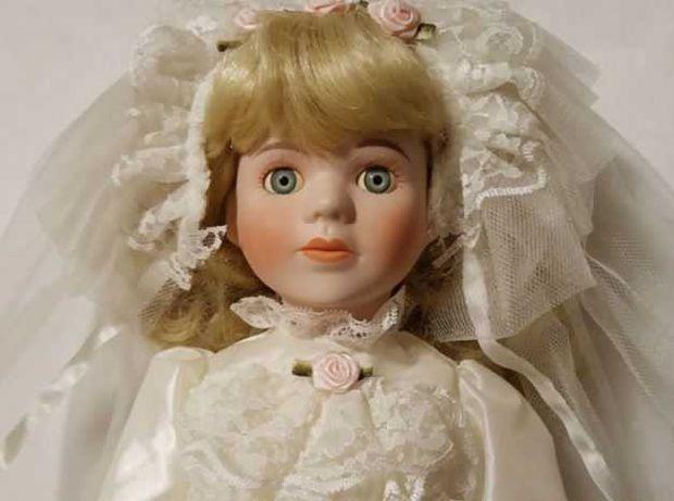porcelanowa lalka Classique Collection  Panna Młoda porcelanowa