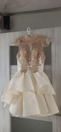 Sukienka Przepiękna Lou