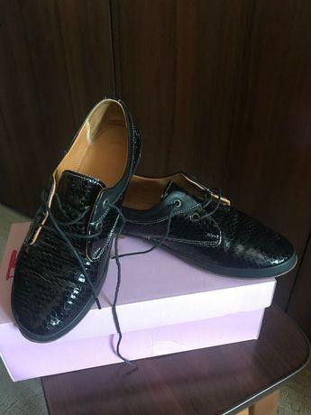 Кожаные туфли на девочку (Турция)