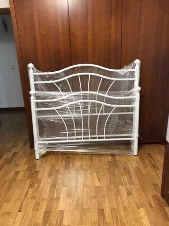 Cama em Ferro Lacada(Branco)- Usada
