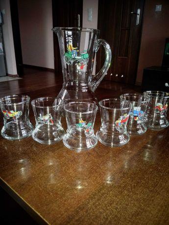 Zestaw dzbanek + 6 szklanek z motywem prl