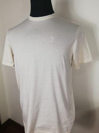 Último preço #T-shirt Trussardi# cor cru