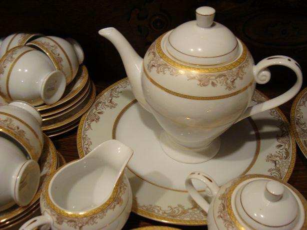 Сервиз чайно - столовый на 6 персон (52 предмета) Auratic
