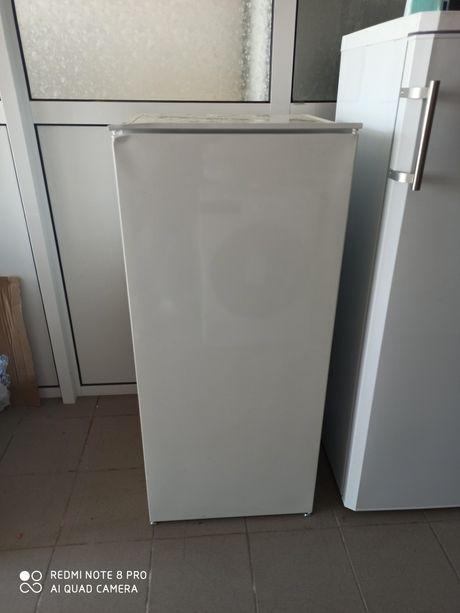 Новый Встраиваемый холодильник Juno Electrolux (italy) из Германии