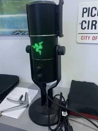 Microfone Razer seiren