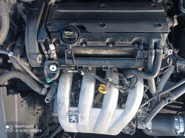 Двигатель, мотор 2.0 Пежо 406