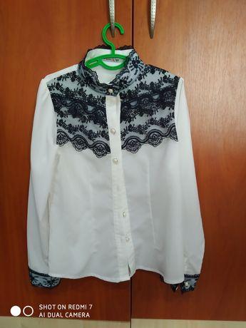 Красивая белая блузка для девочки 1-2 класса