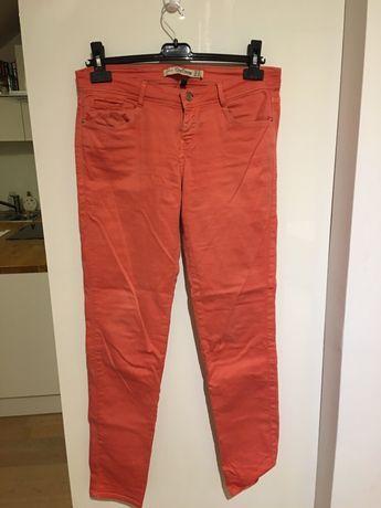 Morelowe jeansy ZARA rozmiar M