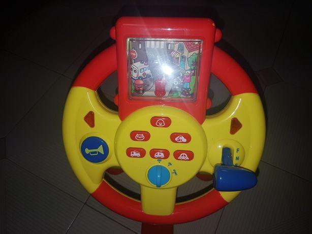 Brinquedo karting eletrônico