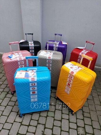 SNOWBALL 04303 Франція 100% поліпроп валізи чемоданы сумки на колесах
