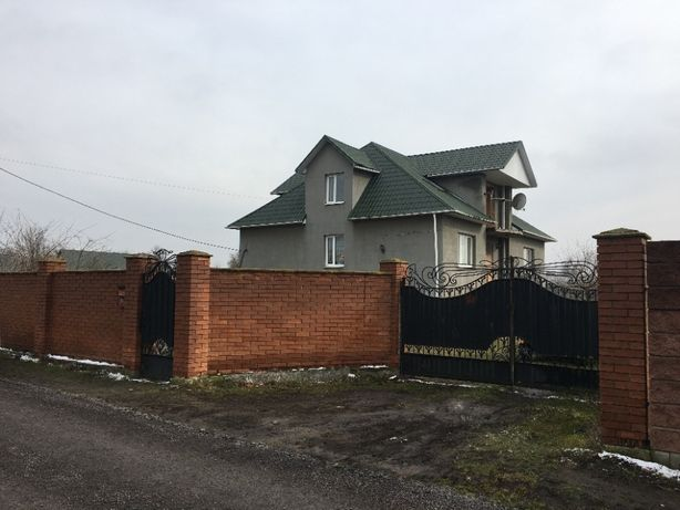 Продаю 1 этажный дом с участком на 38 соток, 349 кв. м