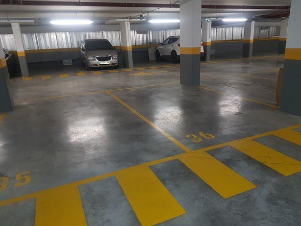 Parqueamento garagem em vila sol vilamoura quarteira