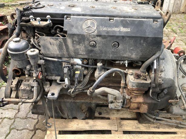 OM 906 la двигатель Atego Атего мотор