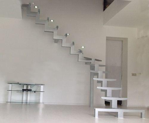 Каркасні сходи. Модульні сходи, сходи, Сходи на металічному каркасі