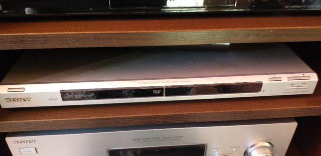 DVD Sony CD/DVD Player DVP-NS37