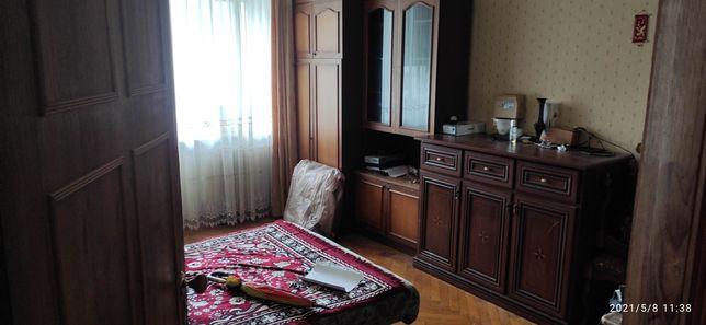 Кімната під ключ на В. Гавела