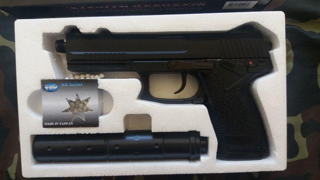 Pistola para Airsoft MK23 (green gas) Nova.