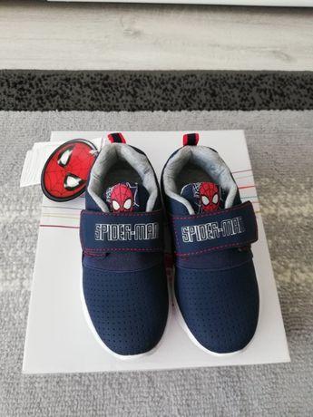 Nowe buty dziecięce r.25 na rzep