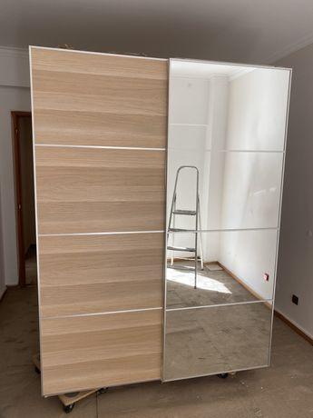 Roupeiro IKEA PAX - com 1 ano, pouco utilizado