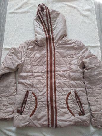 Демисизонная куртка для девочки
