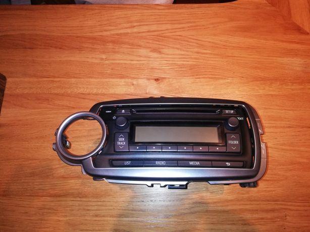 Radio CD-MP3 Toyota Yaris III 2011-