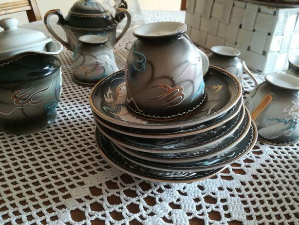 Serviço de Chá Chinês em porcelana e casca de ovo muito antigo