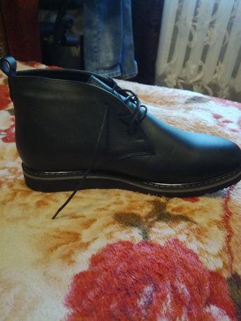 Ботинки на байке, новые.