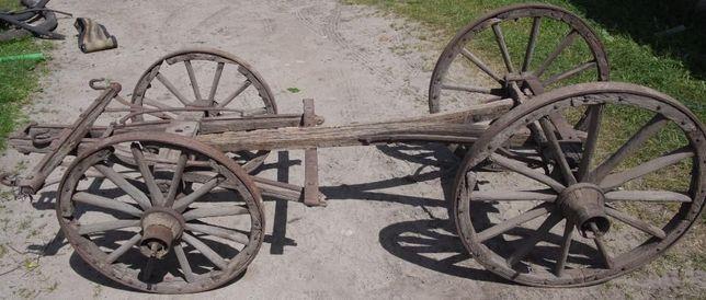 Wóz drewniany do ogrodu lub do renowacji