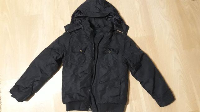 Sprzedam kurtkę zimową  granatowa 146