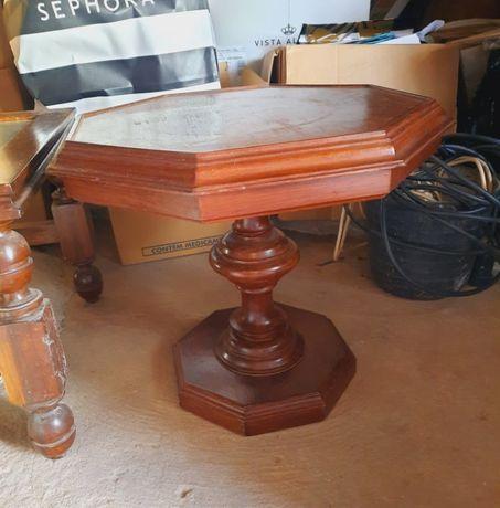 Mesa de apoio em madeira