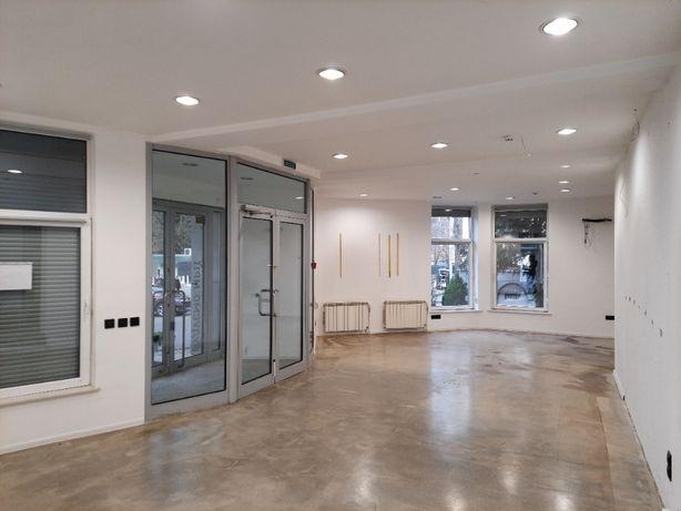 Оренда фасадного офісу 280 м.кв. ближній центр