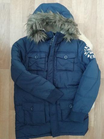 Тепла курточка на хлопчика.
