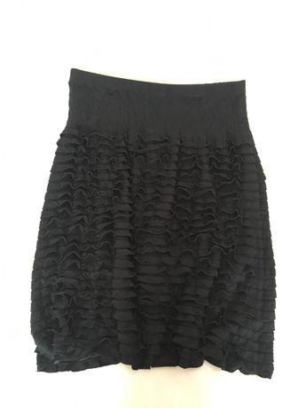 Czarna spódnica falbaneczki