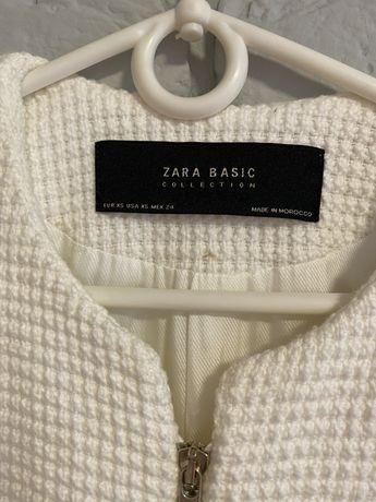Zara płaszcz biały oryginalny i elegancki XS